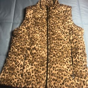 Lauren animal print quilted vest. Size S